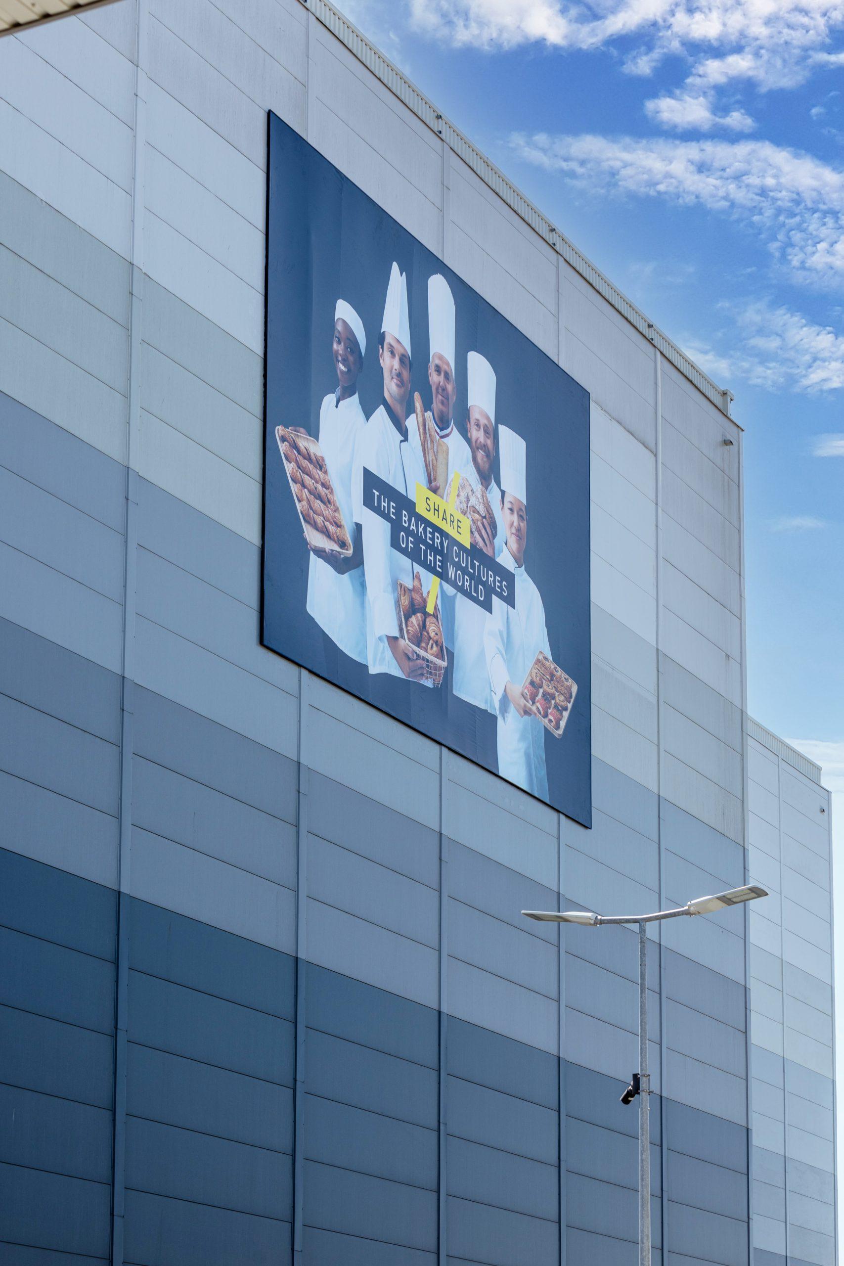 affiche-bridor-boulanger-facade